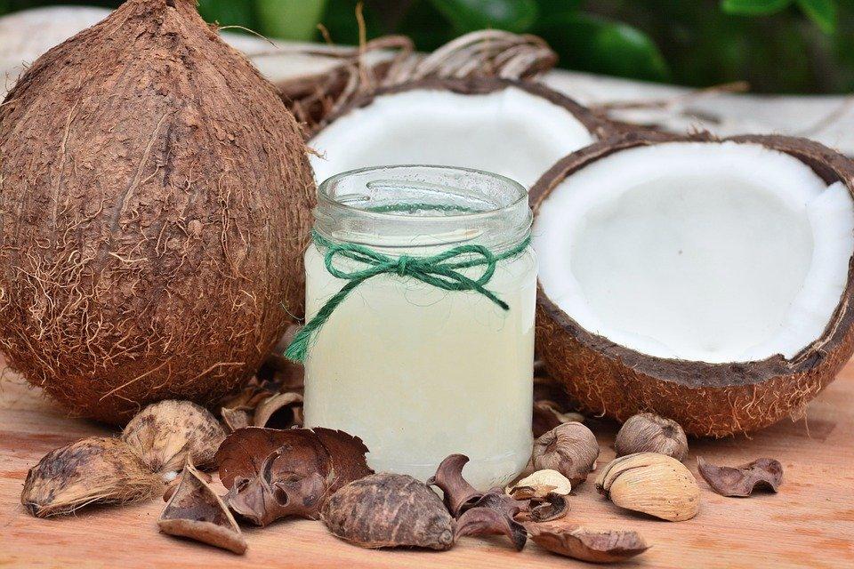 L'huile de coco : bienfaits santé et perte de poids